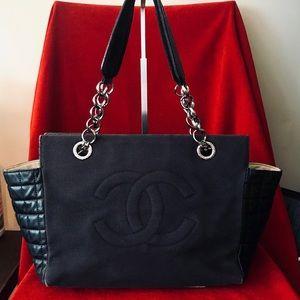 Auth CHANEL Vintage Lambskin/Canvas Shoulder Bag